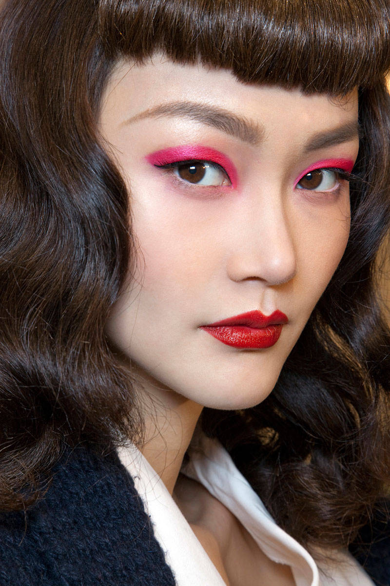 elle-fashion-week-beauty-pat-mcgrath-looks-christian-dior-s11-xln-xln