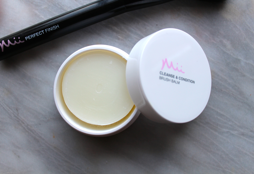 Mii cleanse and balm